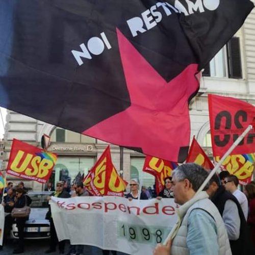 Giovani sull'orlo di una Crisi 1.07 – Sospendiamo Salvini!