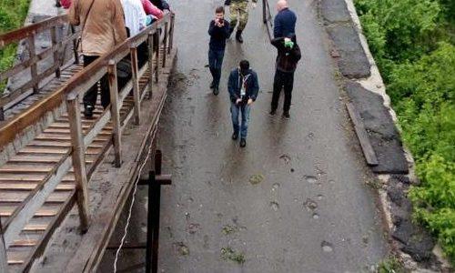 Giovani sull'orlo di una Crisi 1.10 – il ponte di Stanitsa Luganskaya