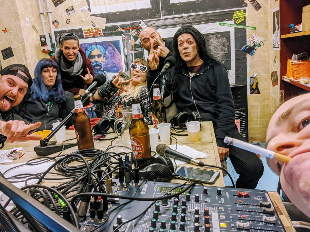 Search & Destroy Radio 7.13: She-Wolves & destrooooi, Willi de Punk Fulminella She Wolves Roller Derby Roma