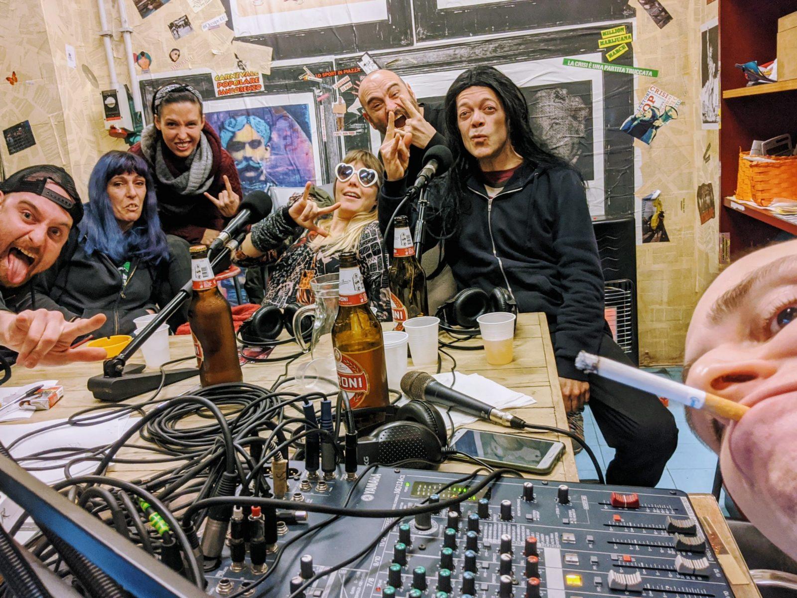 Search & Destroy Radio 7.13: She-Wolves & destrooooi, Willi de Punk Fulminella She Wolves Roller Derby Roma