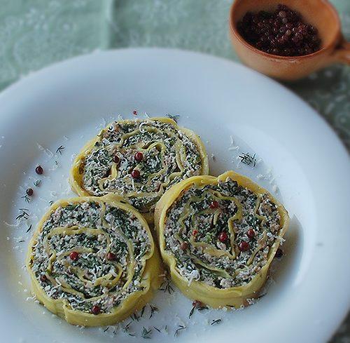 Pillole di Mangiaradio – Rotolo di grano saraceno con spinaci