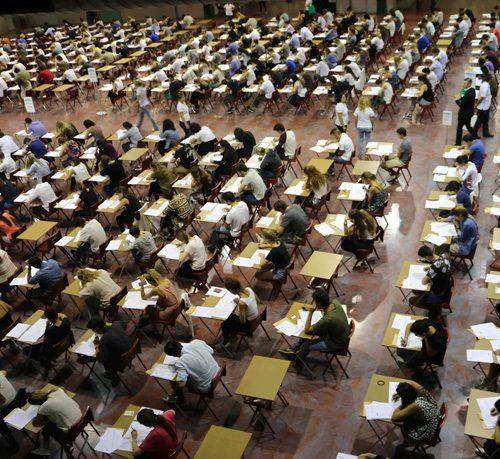 Giovani sull'orlo di una crisi 2.31 – No ai test d'ingresso!