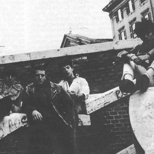 Search & Destroy Radio 8.08 – Gioventù bruciata (sopra e sotto il palco)