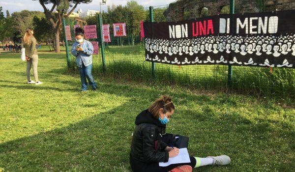 Basta Violenza sulle Donne: Manifestazione a Villa Gordiani