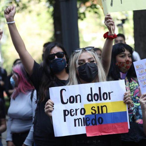 Giovani sull'orlo di una crisi 3.29 – Nos Estan Matando