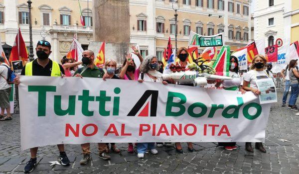 Lavoratrici e Lavoratori Alitalia la lotta arriva a Montecitorio!